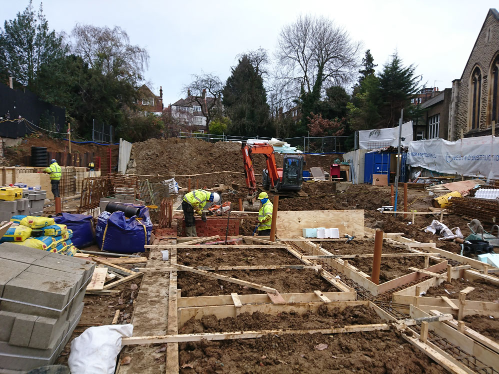 Finchley-Road-On-Site-998x749