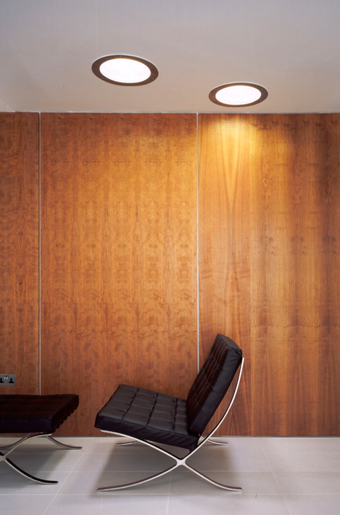 que-492x745px-queens-threatre-battersea-interior-chair